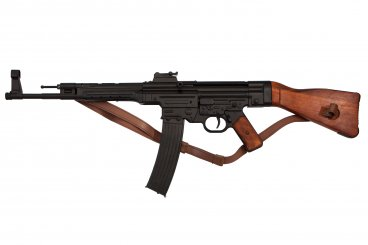 StG 44 assault rifle, Germany 1943